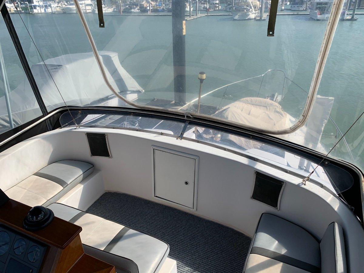 Riviera 34 Flybridge