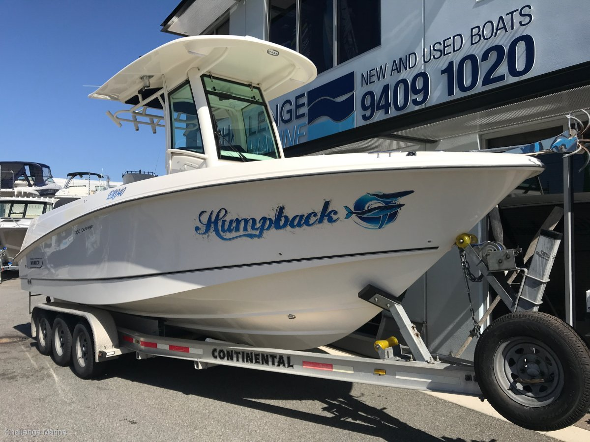 Boston Whaler 250 Outrage Rare Find