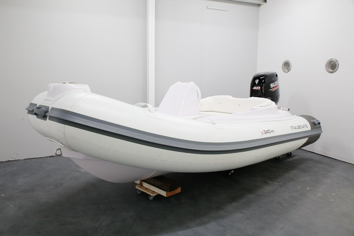 Italboats Stingher 340 Fast Rike Luxury Rigid Inflatable Boat