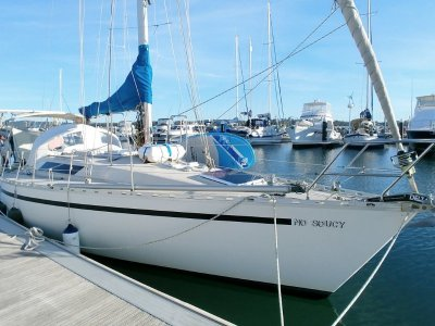 Beneteau First 35 Very good sailer, confortable and well equiped