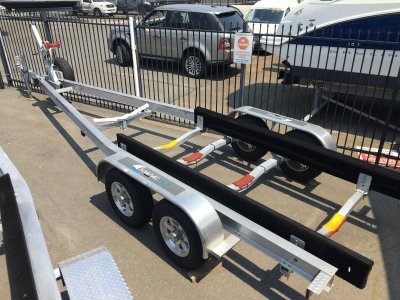 NEW MAGIC TILT BOAT TRAILER - SUITS 22 - 24