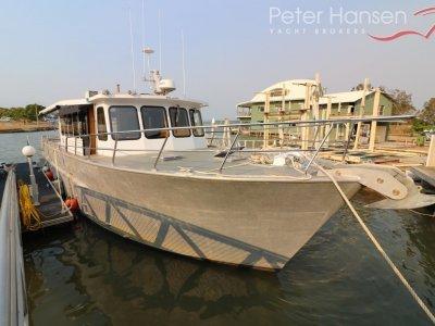 52' Long Range Motor Cruiser