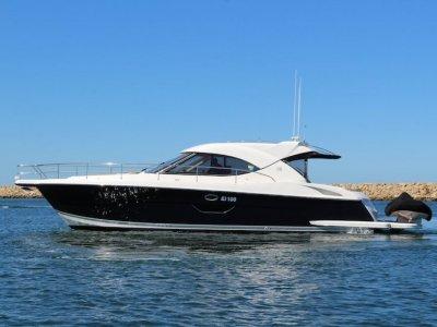 Riviera 4400 Sport Yacht (New Brig tender with Hydraulic Swim Board.
