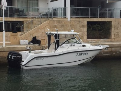 Boston Whaler 255 Conquest Bow thruster, Verado's and its been loved!