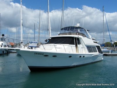 Meridian 490 Pilot House - Great Condition and new to the market!