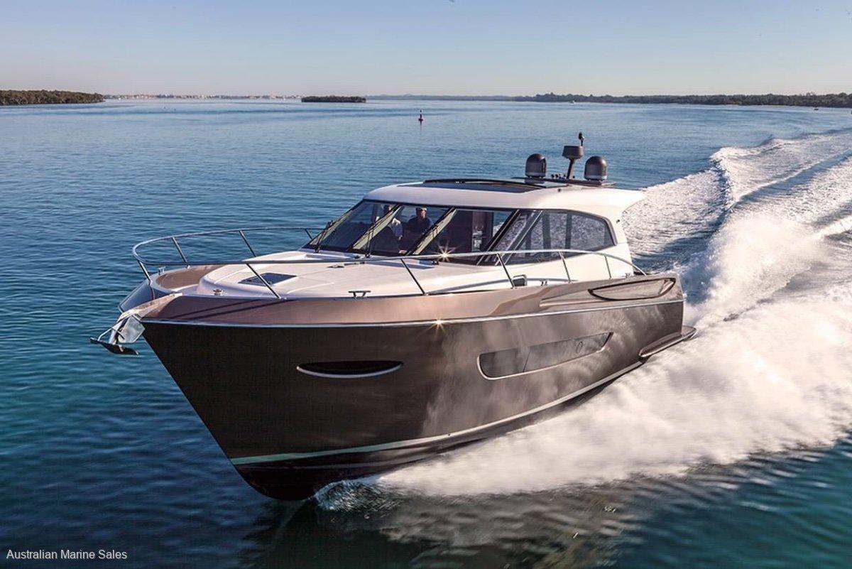 Maritimo X54 2015 Maritimo X54 (Builder: Elandra Yachts)