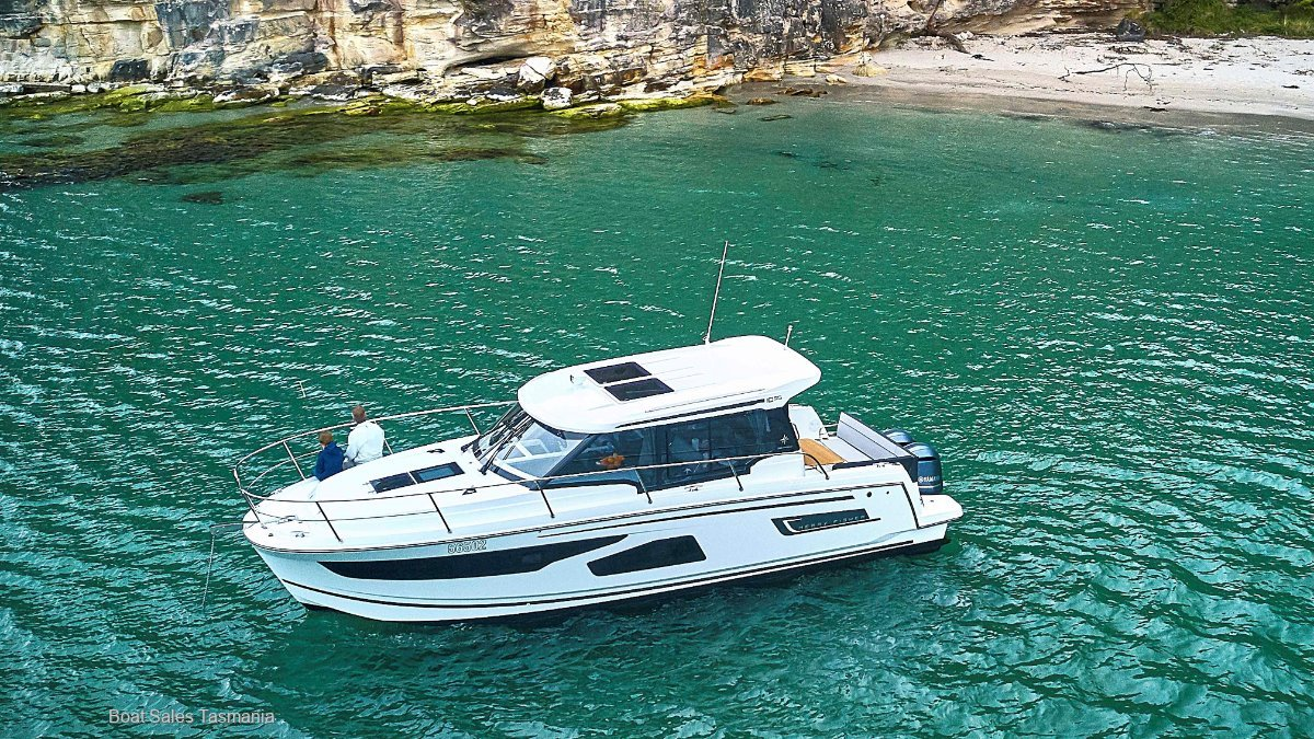 Jeanneau Merry Fisher 1095 AVAILABLE NOW!