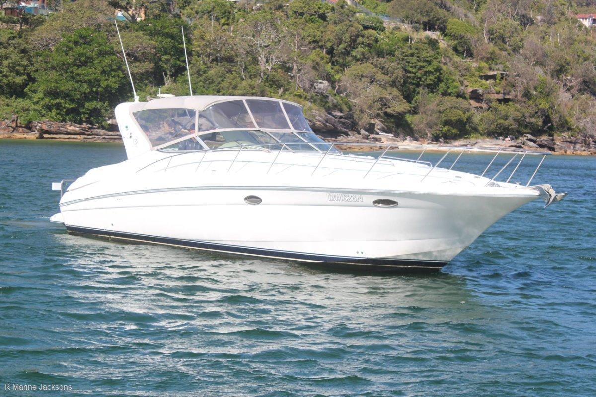 Riviera M370 Sports Cruiser:Riviera M370 Sportscruiser for sale - R Marine Jacksons