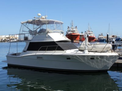 Mariner 38 Flybridge 8.1ltr HO Horizons with DTS!