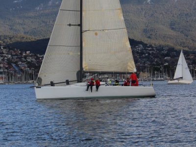 Farr 40 MAJOR PRICE REDUCTION COMPETITIVE RACE CLASS BOAT