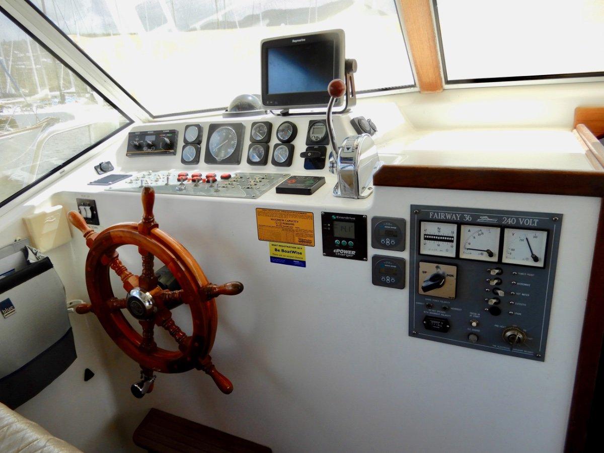 Fairway 36 Flybridge Cruiser HUGE PRICE REDUCTION, EXCELLENT VALUE FOR MONEY!