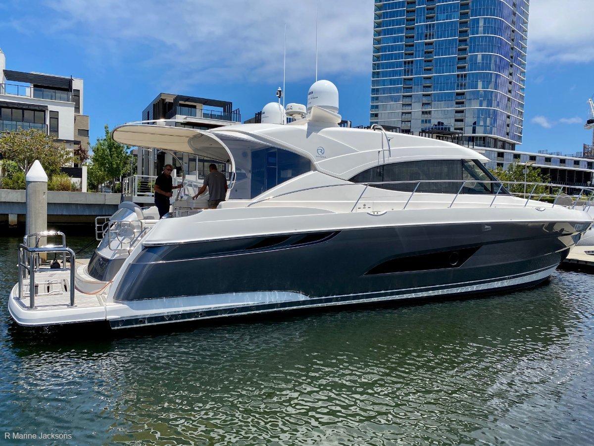 Riviera 5400 Sport Yacht Boat Brokers of Tasmania