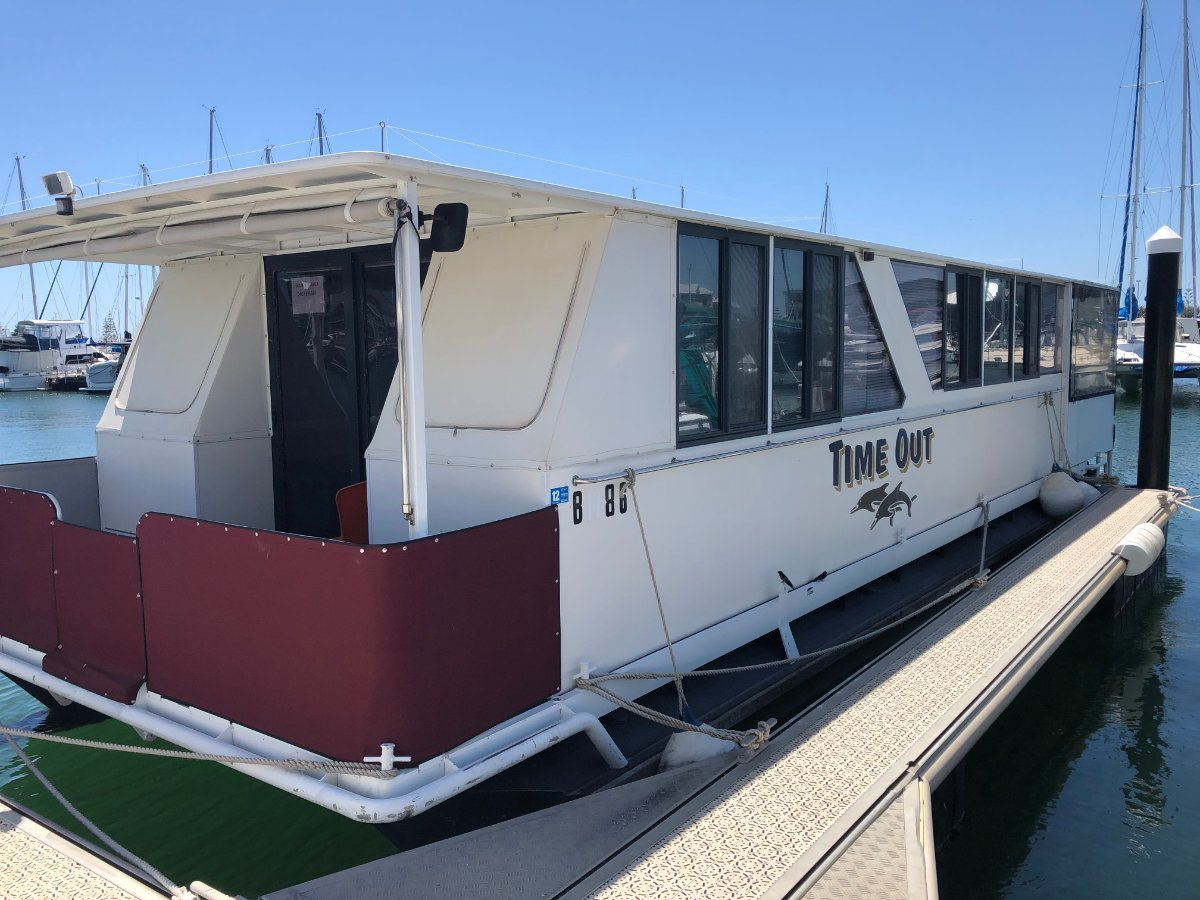 Custom Houseboat Time Out