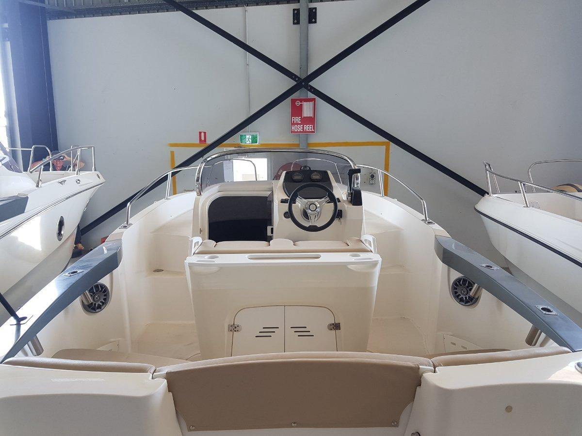 New Karnic 2052 Sundeck F150HP
