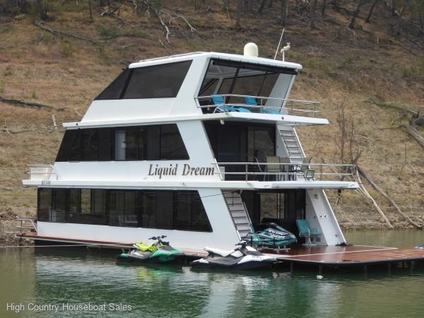 Houseboat Holiday Home on Lake Eildon, Vic.:Liquid Dream on Lake Eildon