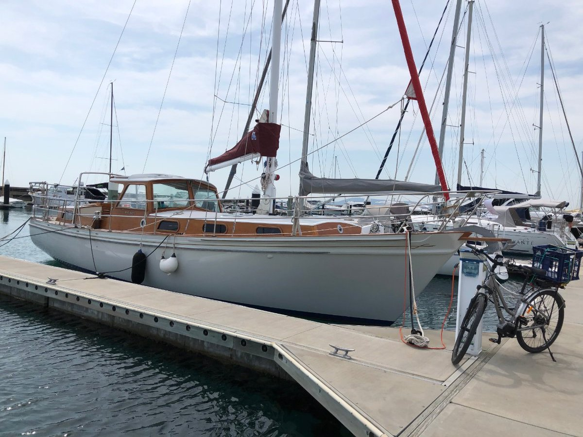 Custom Craft 670 After the Horizon series designed by Laurent Giles