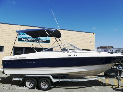 Bayliner 215 CUDDY CABIN GREAT FIRST BOAT FOR CRUISING