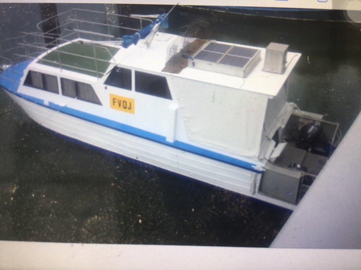 Custom Houseboat 30ft:The Gayundah