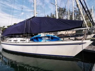 Whiting 47 Centre Cockpit for Sale in Malaysia