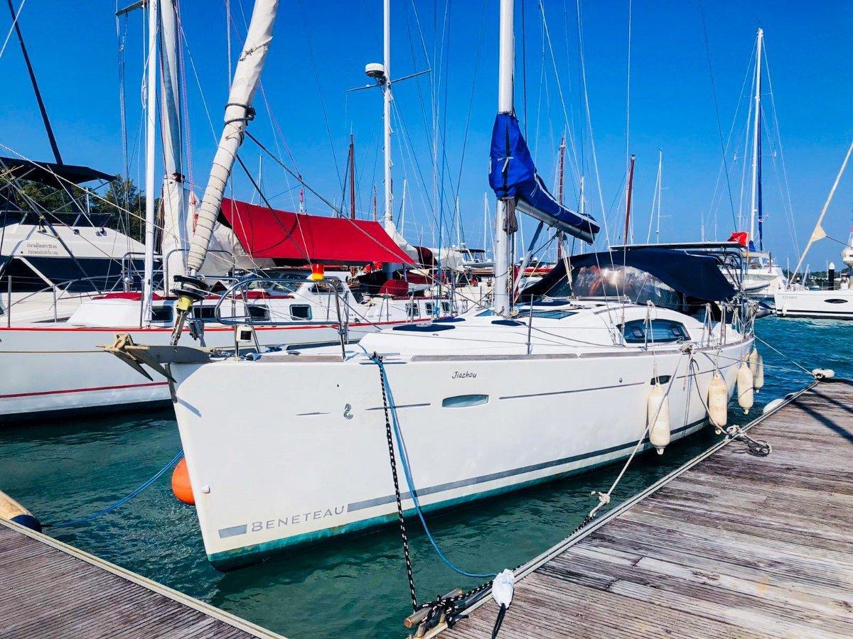Beneteau Oceanis 43:Beneteau Oceanis 43  for sale