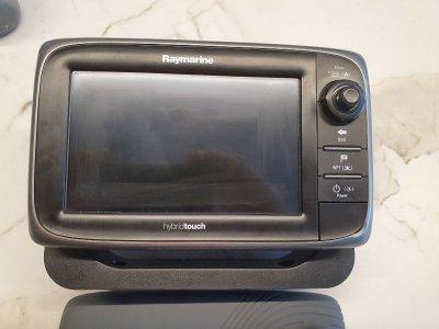 Raymarine e7 Hybrid touch Chartplotter