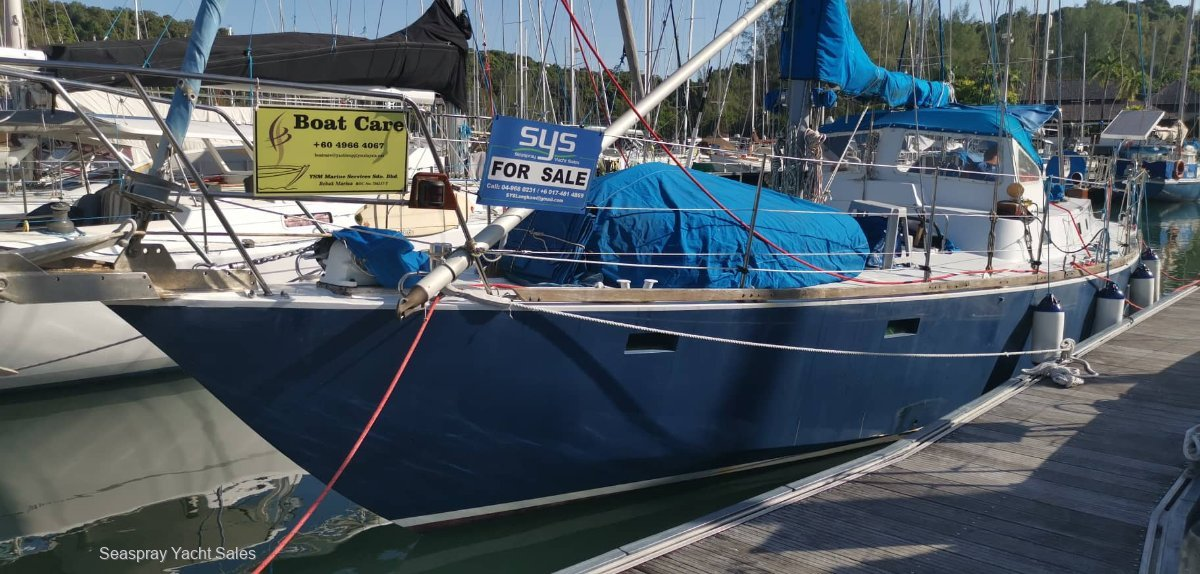 Bruce Roberts Offshore 42 Yacht for Sale in Langkawi:Steel Roberts Yacht for sale in Langkawi