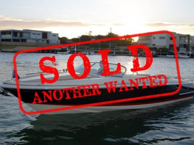 Chris Craft Corsair 30 - A NEW - HUGE PRICE REDUCTION