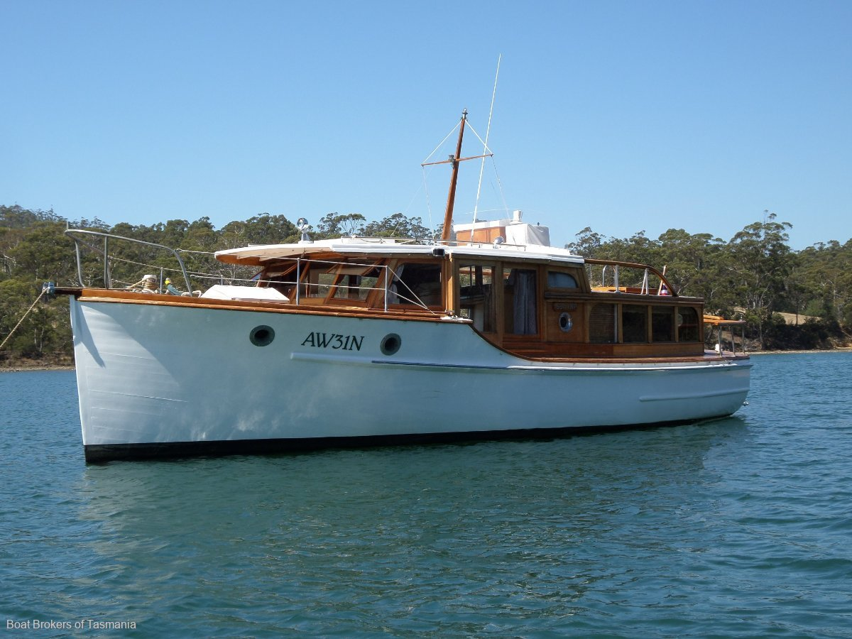 243503 - Williams Timber Cruiser 32 foot classic.