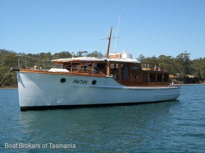 Williams Timber Cruiser 32 foot classic.