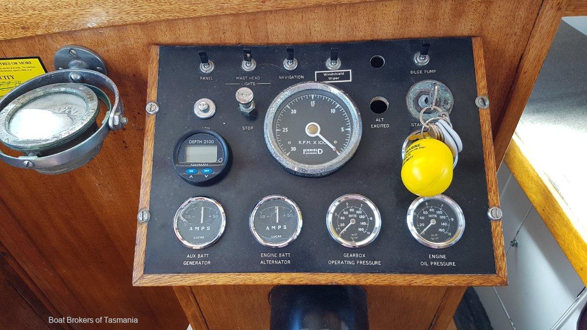 Sea Imp Williams Timber Cruiser 32 foot classic. Boat Brokers of Tasmania