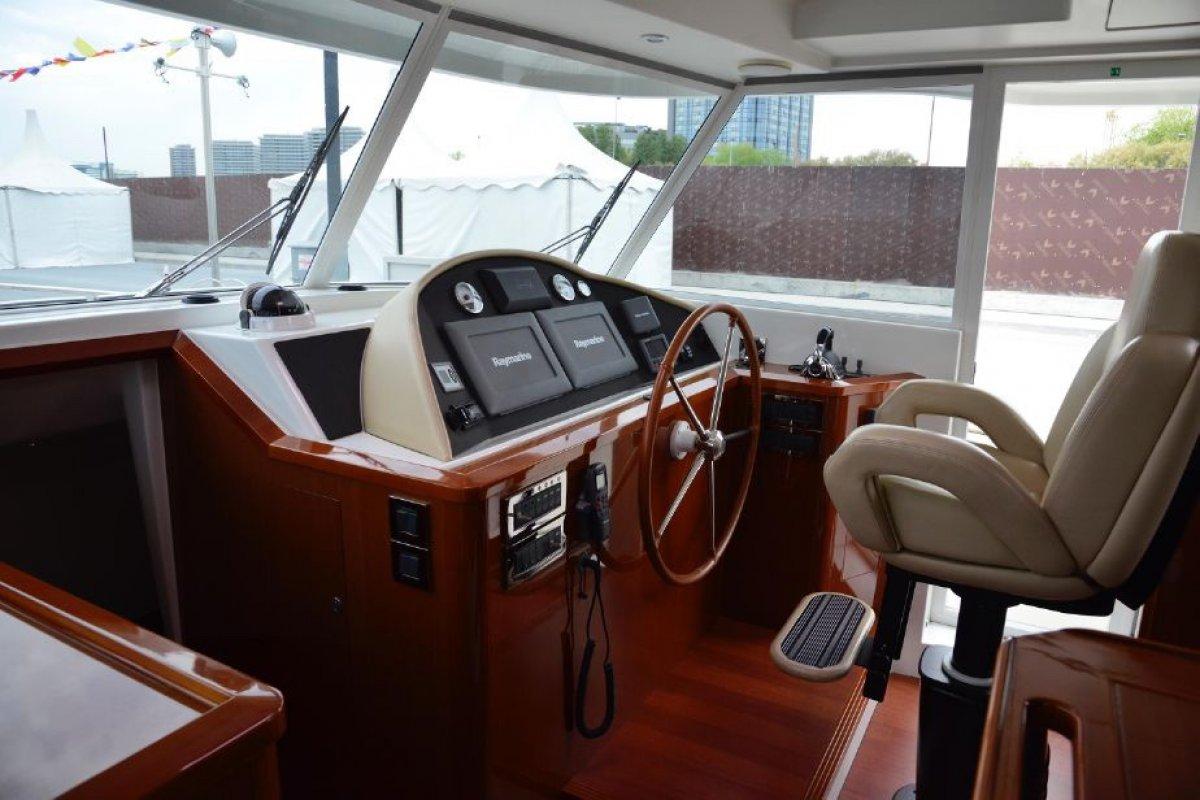 Beneteau Swift Trawler 52 Cruising Motoryacht