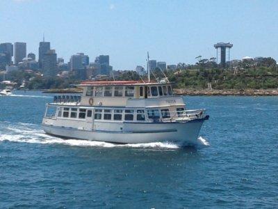 Hugh Morris Charter Partyboat