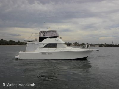 Caribbean 40 Flybridge Cruiser *** DEFINITELY ONE TO LOOK AT *** $ 299,000 ***