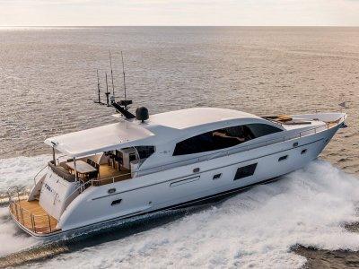 Whitehaven Sports Yacht 7500