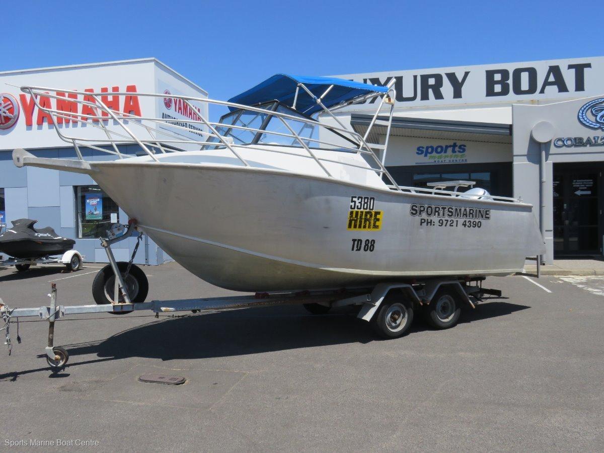 Seaquest 6.0 Hire Boat