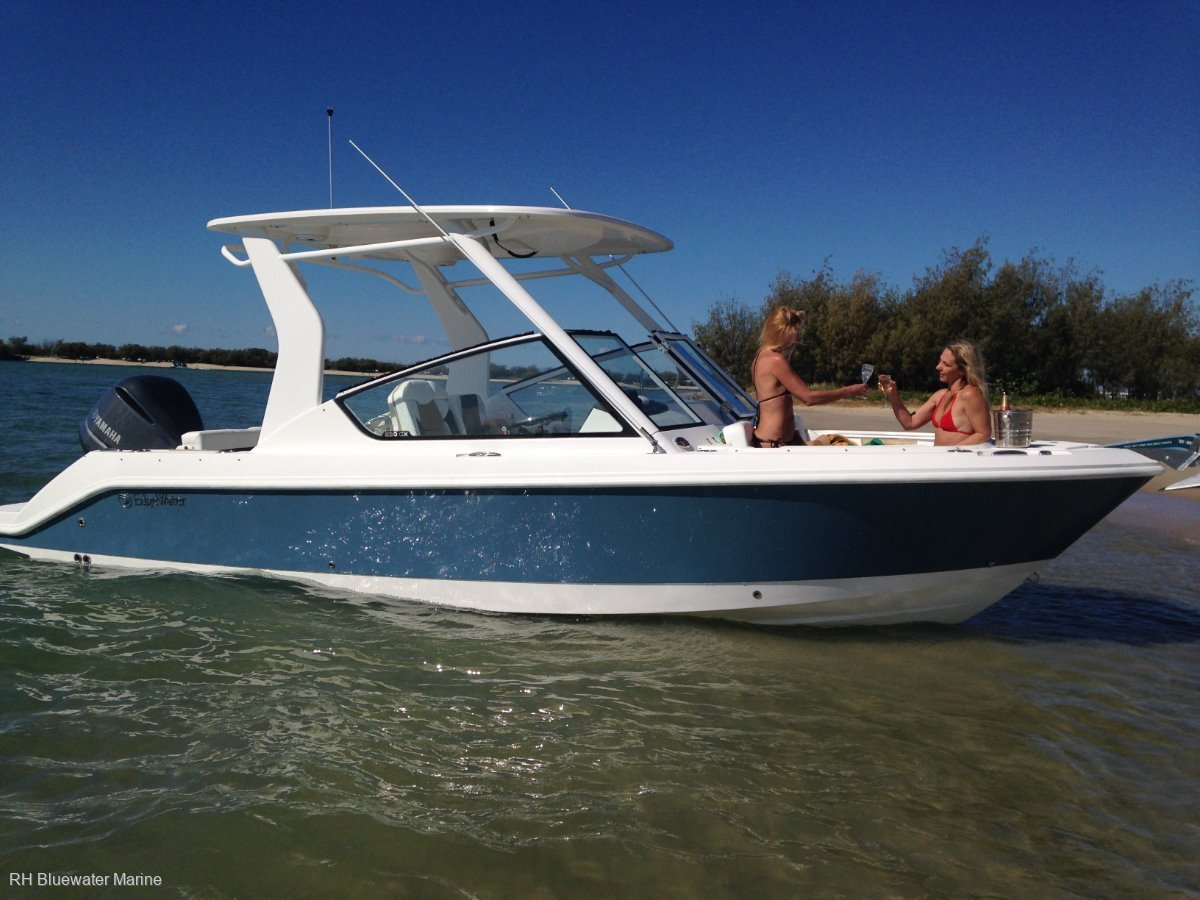 Edgewater 230CX New demo boat at Reduced price