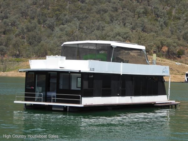 Houseboat Holiday Home on Lake Eildon, Vic.:Good Times on Lake Eildon