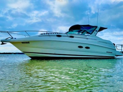 Mustang 3200LE Sportscruiser bow thruster fitted- Click for more info...