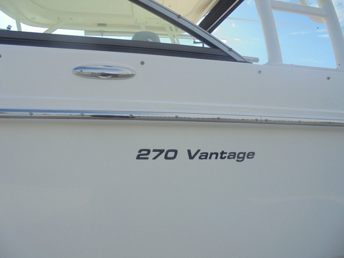 Boston Whaler 270 Vantage - 2017 MY
