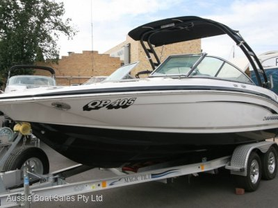 Chaparral 216 Wide Tec Bow Rider
