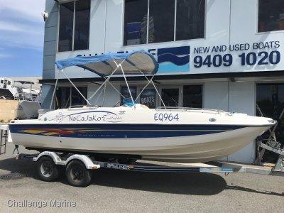 Bayliner 217 Deck boat entertainer