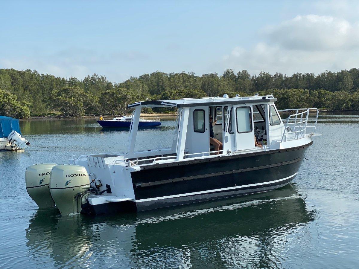 Alufarm Fishing Vessel Enclosed Cabin Hardtop:Alufarm at rest