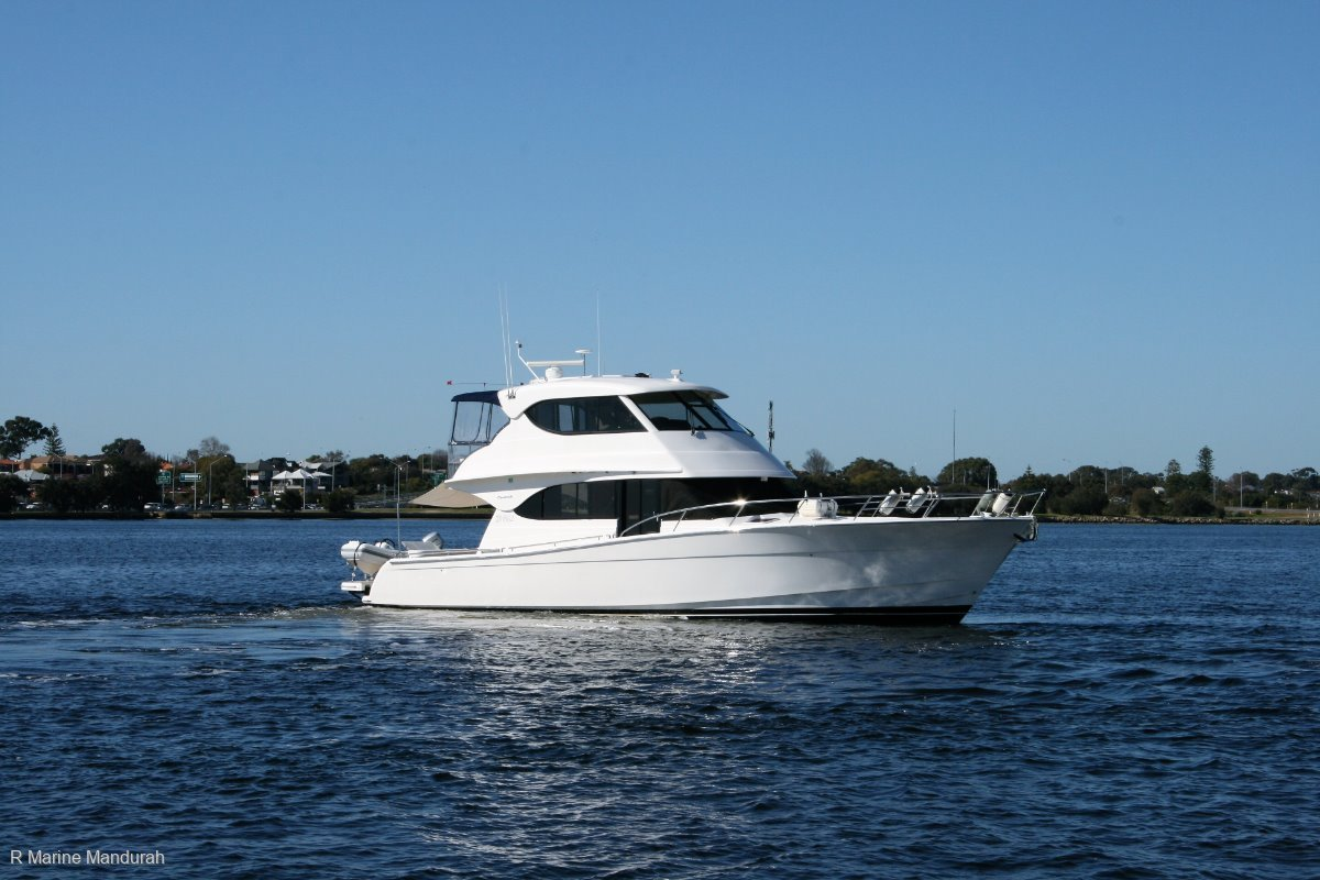 Maritimo M52 *** ABROLHOS AND BEYOND *** $859,000 ***