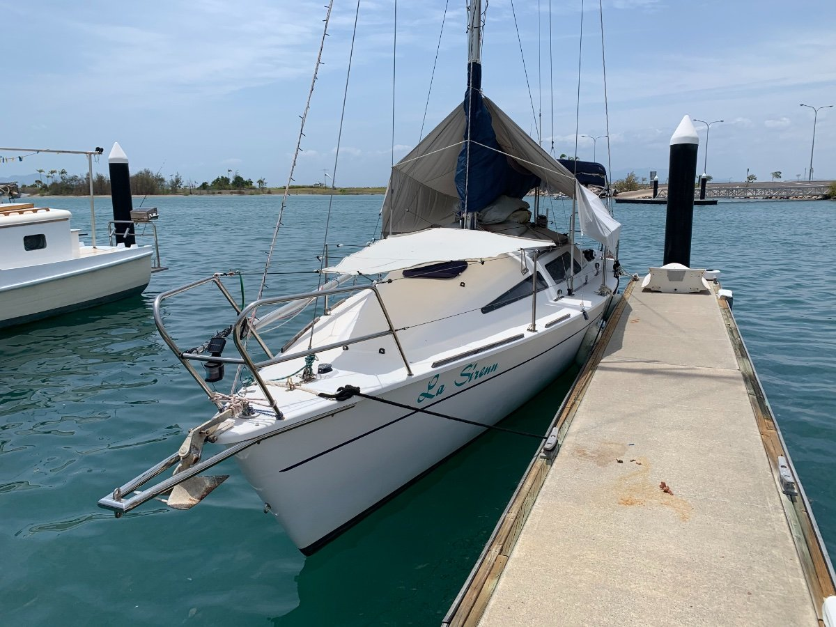 Pacific 36 club racer with loads of sails