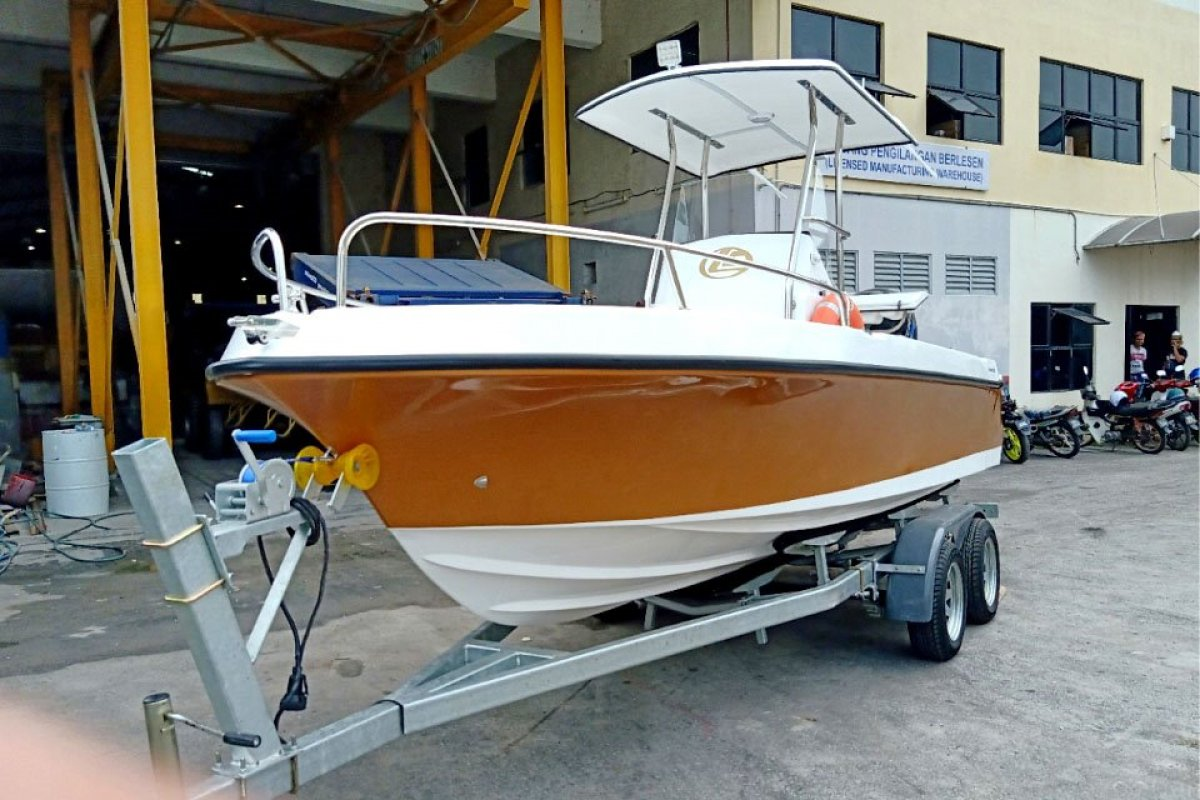 Leisurecraft 6000 Camo