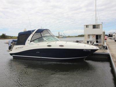 Sea Ray 275 Sundancer Sports Cruiser