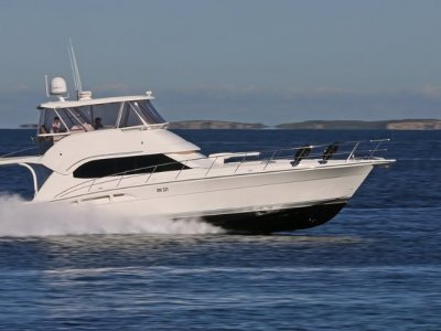 Riviera 51 Open Flybridge ****** Absolutely pristine ******