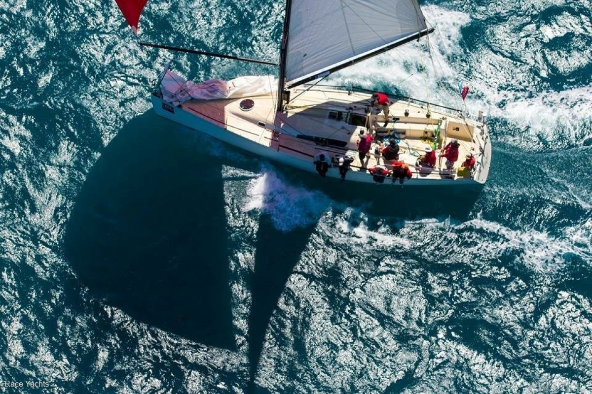 Murray 41 by McConaghy Boats