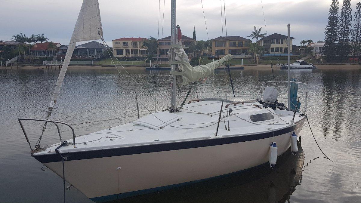 Bradley 22 Trailer Sailer - Bradley 22 foot.