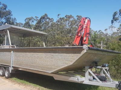 7.5M Alloy Punt with Hiab